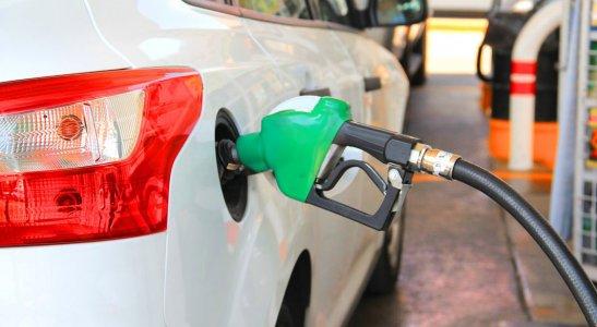 Benzín, diesel alebo alternatívny pohon. Ktorý typ pohonu si vybrať pre svoje auto?