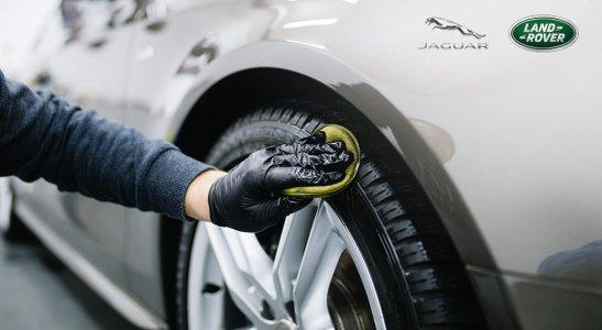Kompletné umytie a vyčistenie vozidla