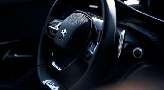 Volant v modeloch PEUGEOT