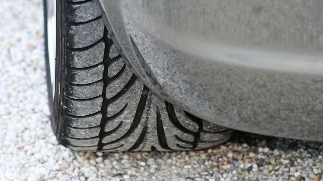 Celoročné pneumatiky - kedy sú vhodným riešením?