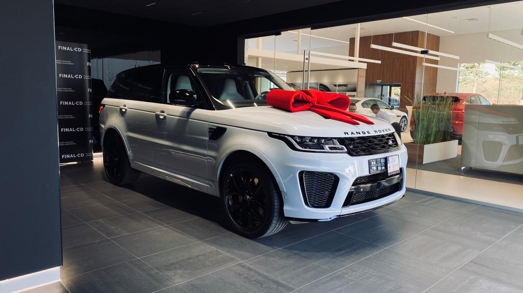 Za Váš Land Rover  zaplatíte ažo3mesiace