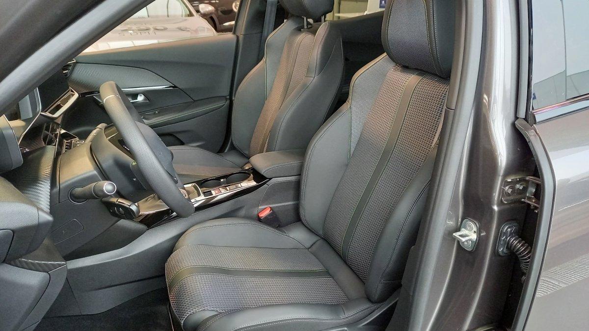 Peugeot 2008 NEW 1.2 PureTech GT 130k