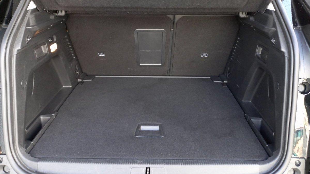 Peugeot 3008 1.6 PureTech Allure 180k EAT8