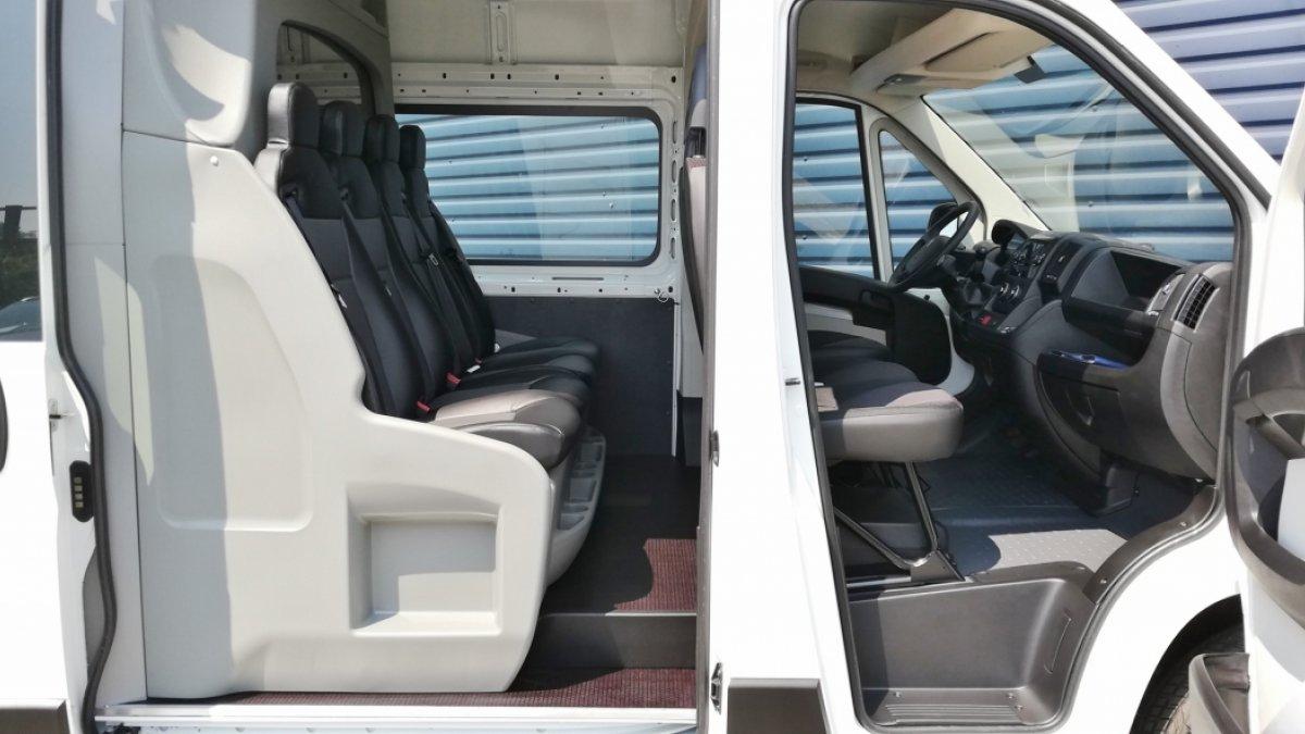 Peugeot Boxer 2.2 BlueHDi 7 miest 335 L3H2 165k BVM6