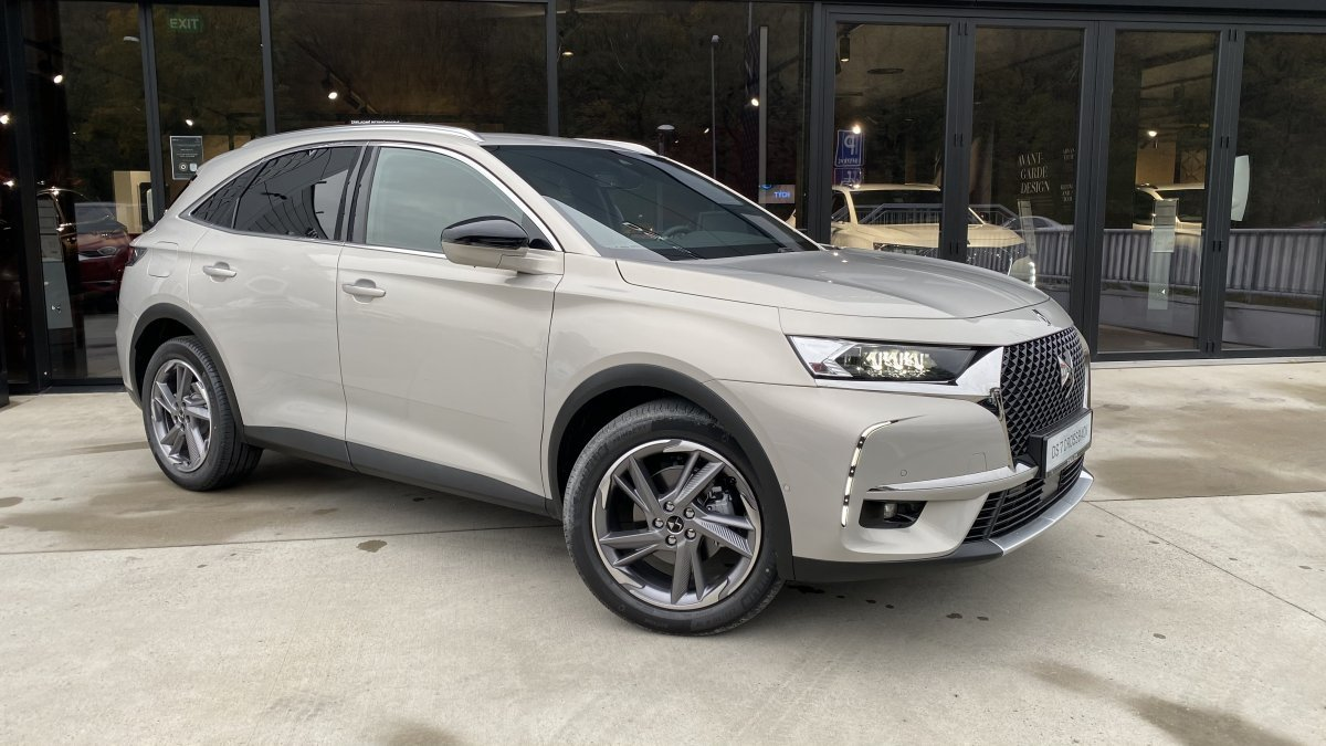 DS 7 CROSSBACK 2,0 BlueHDi GRAND CHIC 180 EAT8