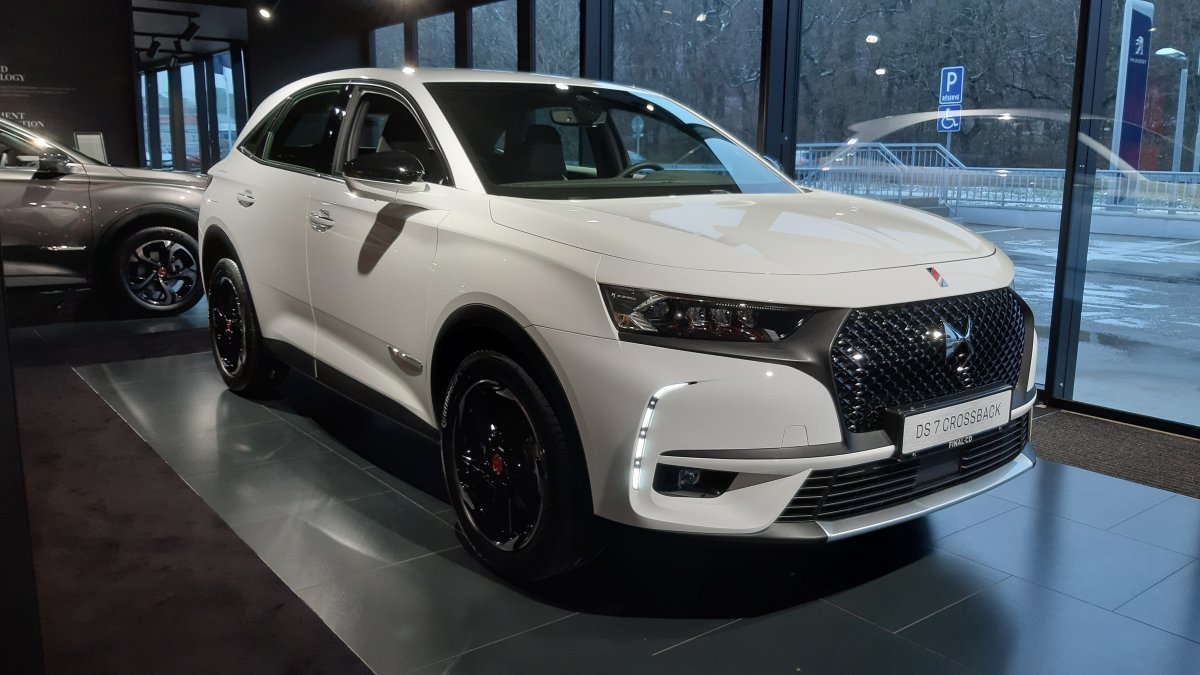 DS 7 CROSSBACK 1,5 BlueHDi PERFORMANCE LINE 130 S&S EAT8