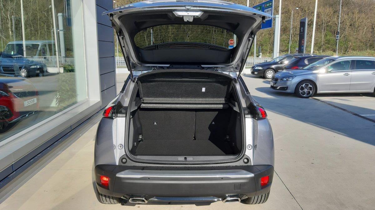 Peugeot 2008 NEW 1.2 PureTech Allure  130k EAT8