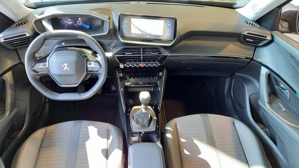 Peugeot 2008 NEW 1.2 PureTech Allure Pack 130k