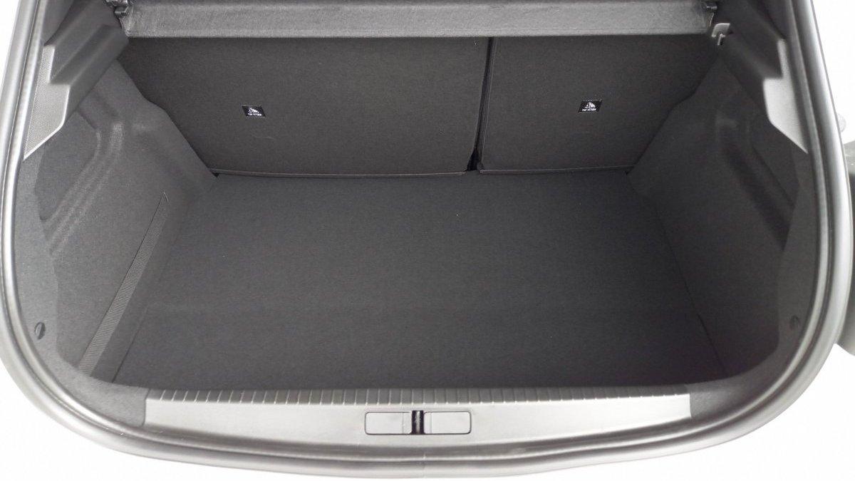 Peugeot 208 NEW 1.2 PureTech Active Pack 75k BVM5