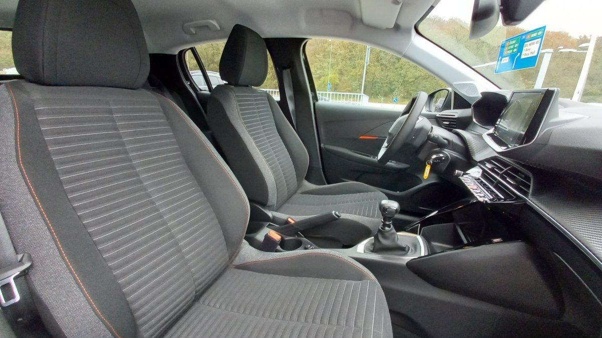 Peugeot 208 NEW 1.2 PureTech ALLURE 100k BVM6