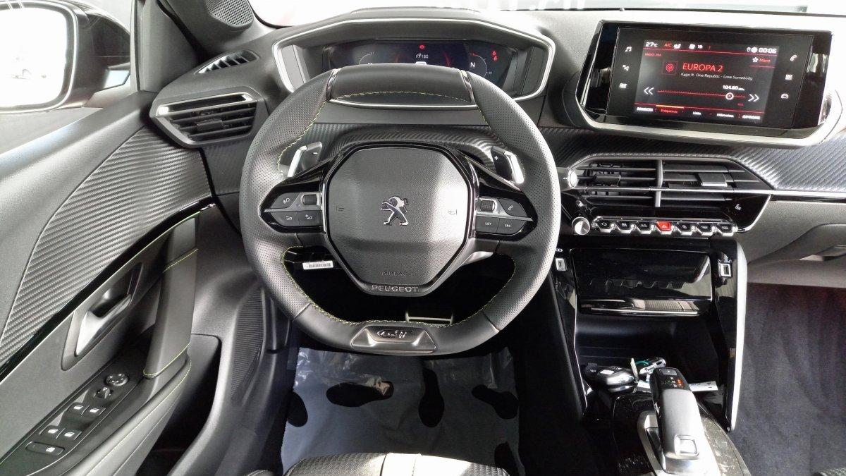 Peugeot 208 NEW 1.2 PureTech GT Line 100k EAT8