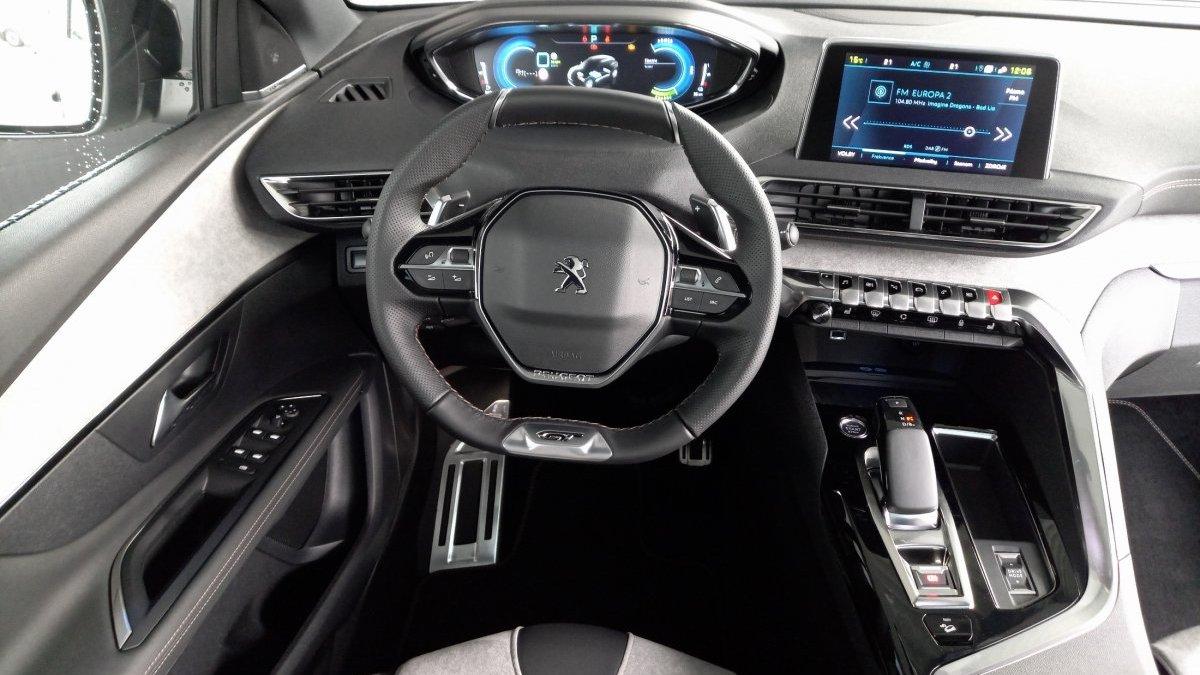 Peugeot 3008 1.6 PureTech GT 1.6 HYBRID4 300k e-EAT8