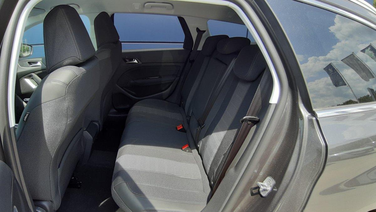 Peugeot 308 SW 1.2 PureTech Allure 130k EAT8
