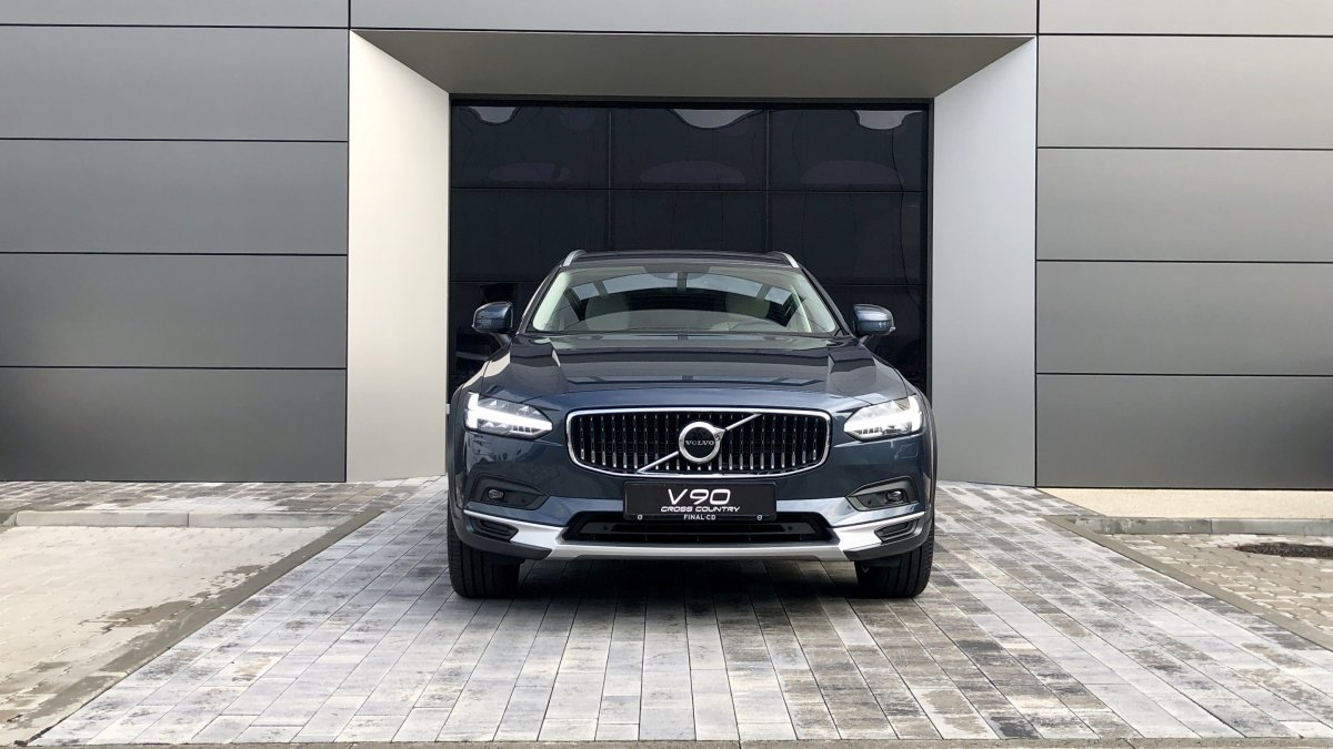 Volvo V90 CROSS COUNTRY B5 (P) Plus AWD AT8