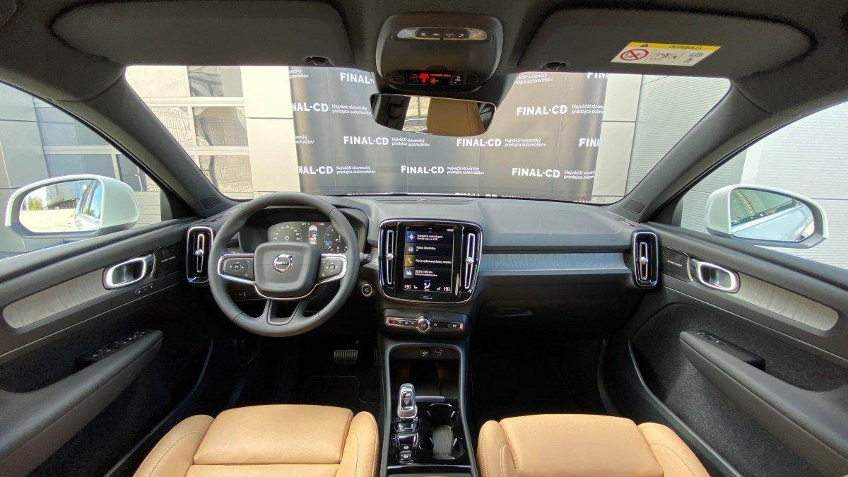 Volvo XC40 B4 (P) INSCRIPTION AT8 AWD