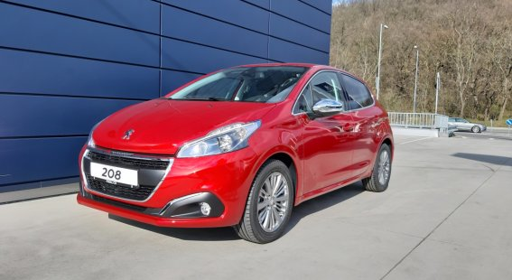 Peugeot 208 1,2 Turbo ALLURE 1.2 PureTech 110k EAT6 (EURO 6.2)