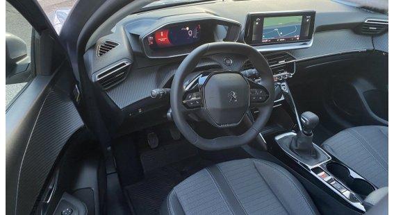 Peugeot 208 NEW 1.2 PureTech Allure Pack  100k automat 8 st.