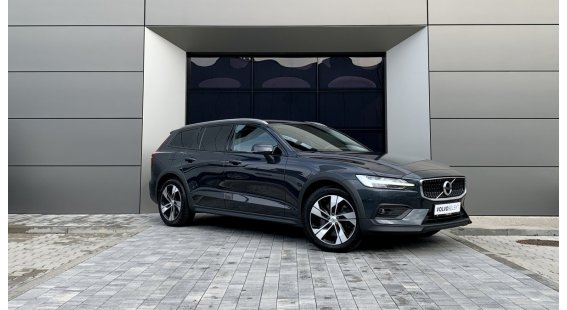 Volvo V60 CROSS COUNTRY D4 AT8 AWD