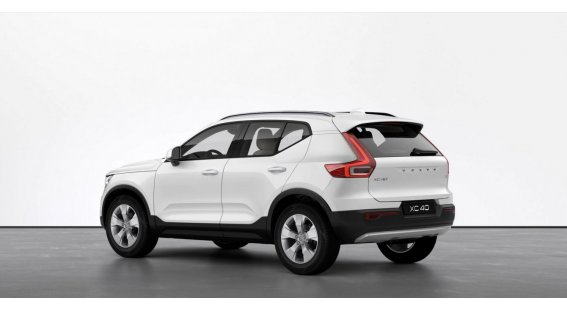 Volvo XC40 T3 MOMENTUM PRO AT8 FWD
